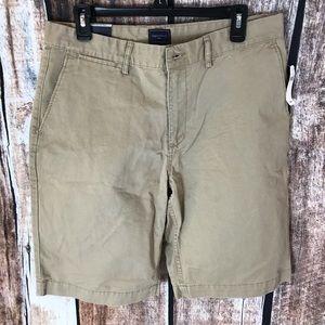 Gap khaki Shorts 33
